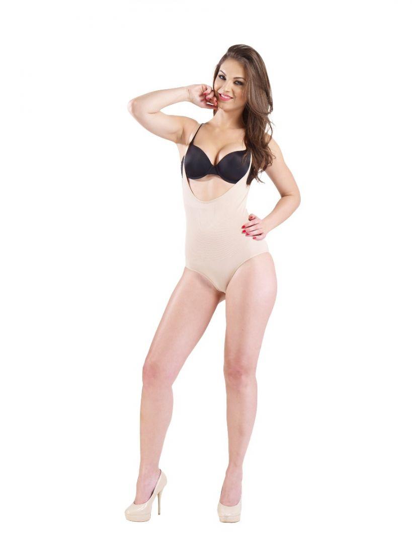 Tansy Nude